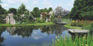 Градина с водни ефекти и водни площи