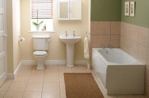 просторна баня