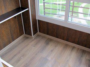 Строеж - ламинат, балкон, полагане