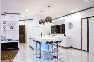 Строеж - кухня, осветление, влияние