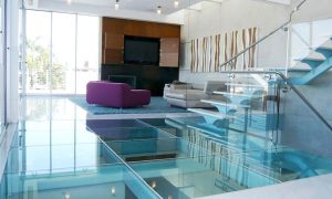 Строеж - стъклени подове, предимства, опасност