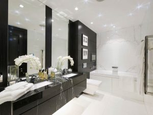 Строеж - интериор, черно, бяло